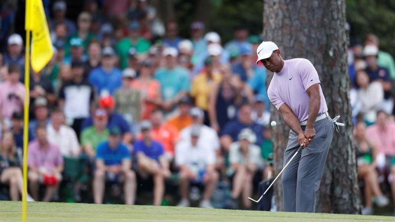 Masters de Augusta. Jon Rahm se aleja del mano a mano entre Molinari y Tiger Woods