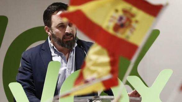 Abascal culpa a Pedro Sánchez del 'clima de violencia' de la campaña