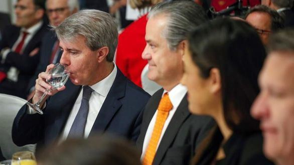 Garrido respalda a Rivera en su primer acto juntos tras dejar el PP
