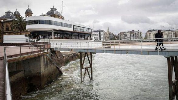 Fallece el joven de 17 años que recibió una brutal paliza en San Sebastián