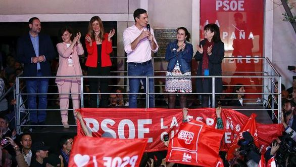 El PSOE intentará gobernar en solitario con 123 diputados
