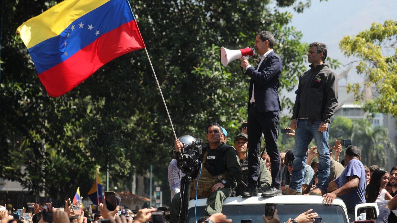 Guaidó no logra movilizar al Ejército contra Maduro