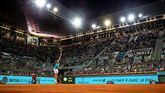 Mutua Madrid Open. Nadal no puede resurgir ante Tsitsipas y cae en semis