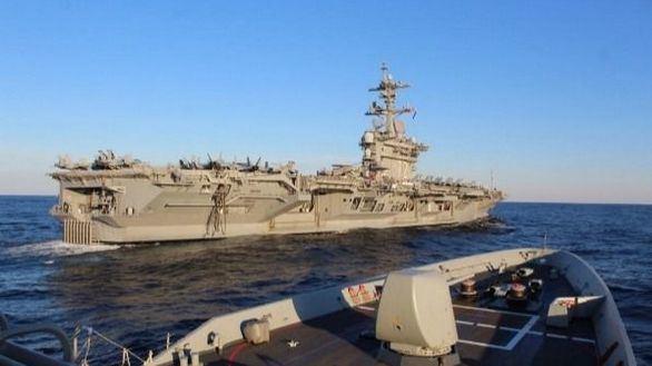 Defensa retira una fragata del grupo de combate de EEUU en Oriente Próximo