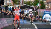 Giro. Caída de Roglic, Majka y Zakarin, con victoria para Fausto Masnada