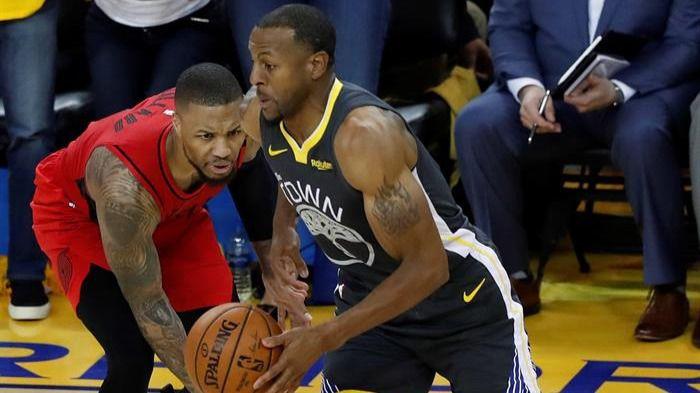 NBA Playoffs. Los Warriors se duermen pero Iguodala congela a los Blazers