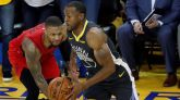 NBA Playoffs. Los Warriors se duermen pero Iguodala congela a los Blazers