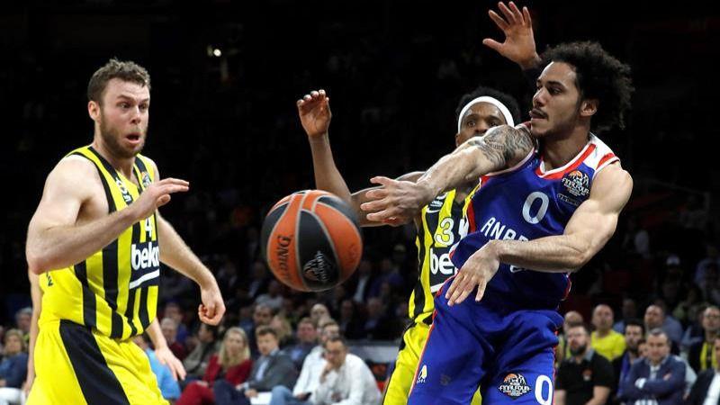Euroliga. El Anadolu Efes barre al Fenerbahce para acceder a la final | 73-92