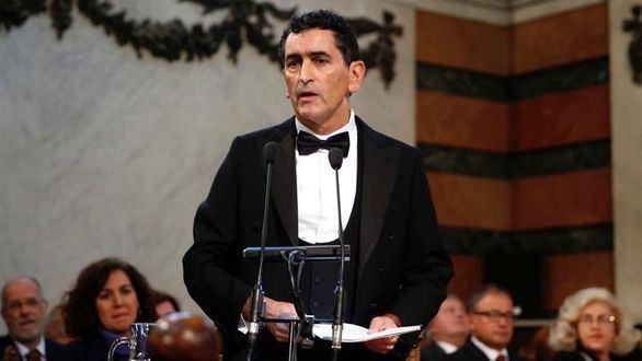 Mayorga toma posesión del sillón M de la Real Academia Española