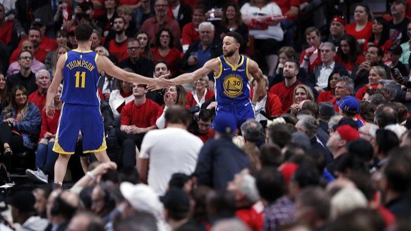 NBA Playoffs. Los Warriors menos concentrados llegan a sus quintas Finales seguidas