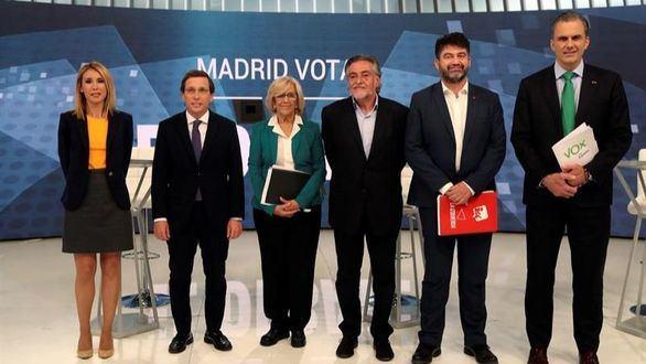 Todos contra Carmena en el tenso debate por la alcaldía de Madrid