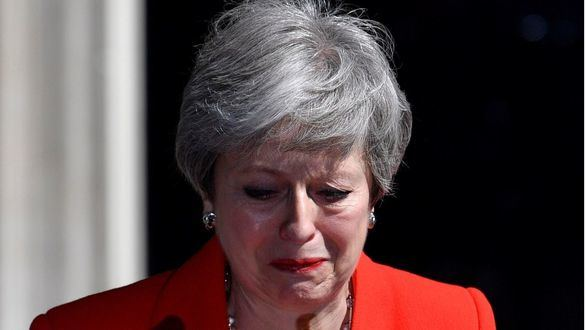 May dimitirá el 7 de junio