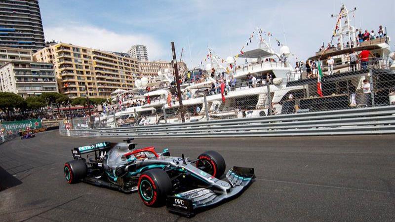 GP de Mónaco. 'Pole' para Lewis Hamilton y nuevo sonrojo para Ferrari