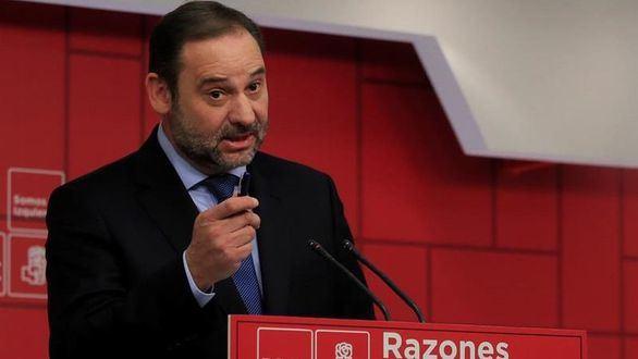 Ábalos se abre a integrar a miembros de Podemos en el Gobierno