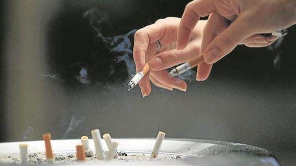 La OMS calcula que mueren 1,2 millones de fumadores pasivos al año