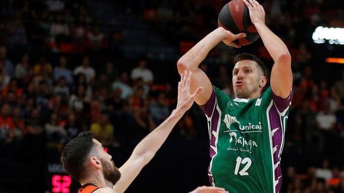 ACB Playoffs. Milosalvjevic sorprende al Valencia y lanza al Unicaja   78-85