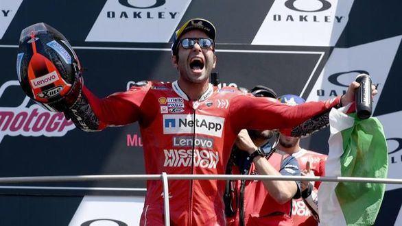 GP Italia. Petrucci derrota a Marc Márquez por 43 milésimas
