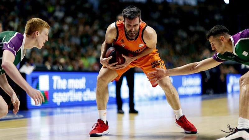 ACB Playoffs. San Emeterio salva al Valencia ante Unicaja   69-76