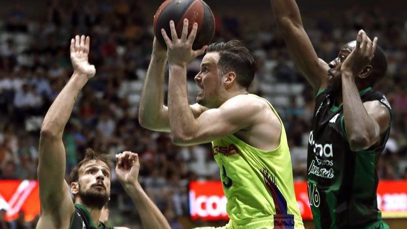 ACB Playoffs. El Barcelona arrolla al Joventut y entra en semifinales   86-107