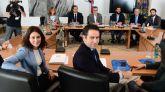 Miembros de Cs y PP se reúnen para formar gobierno en la Comunidad de Madrid.