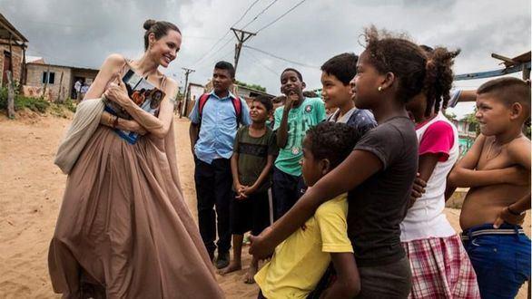 Angelina Jolie viaja a la frontera de Venezuela para conocer la situación del país
