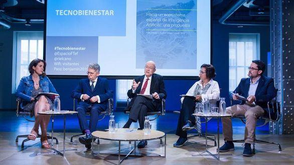 Expertos españoles abogan por crear un nuevo ministerio de inteligencia artificial