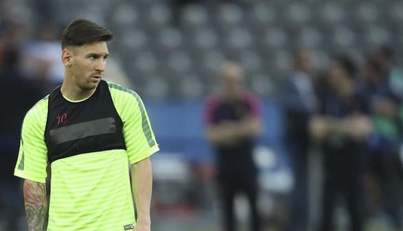 Final de la Champions: Arrancada de Messi para que Suárez anote (1-2)
