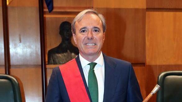 El popular Azcón, alcalde de Zaragoza con los votos de Cs y Vox