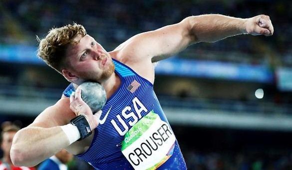 Crouser tumba a Kovacs y fija un nuevo récord olímpico