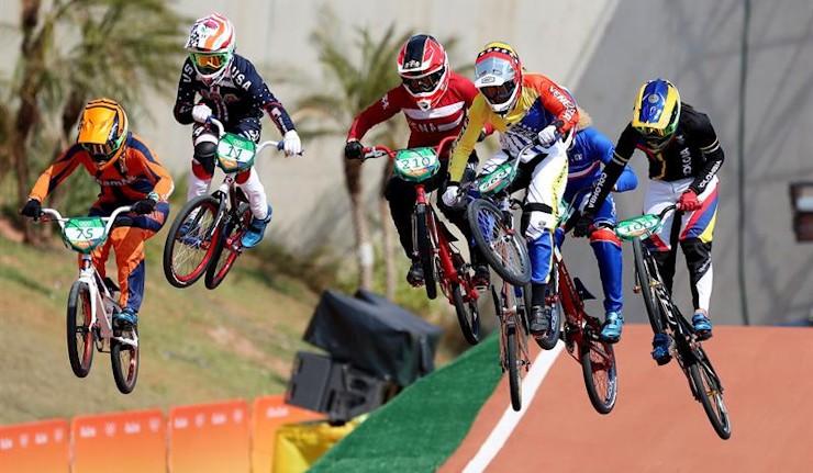 La colombiana Mariana Pajón revalida el título de campeona olímpica
