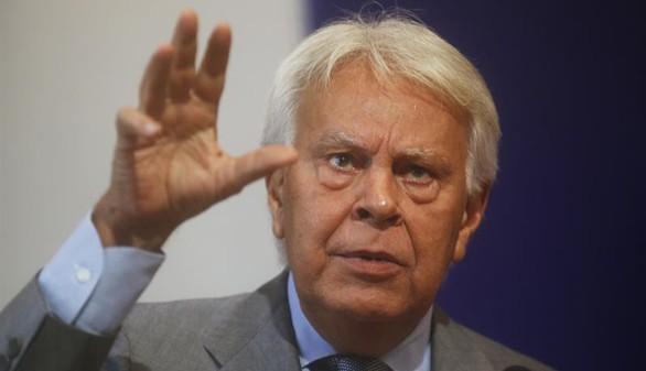 Felipe González no quiere que repitan los cabezas de lista