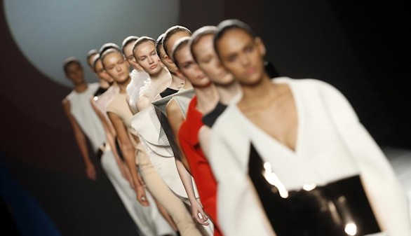 Madrid Fashion Week. Teresa Helbig, 20 años de amor a una alta costura