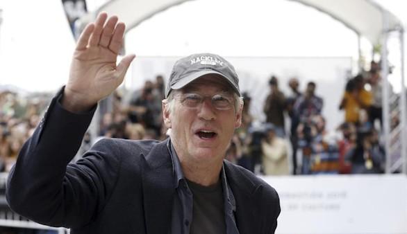 La llegada de Richard Gere al festival revoluciona San Sebastián