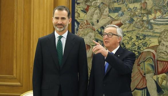 Rajoy asegura a Juncker que España cumplirá con la Unión Europea
