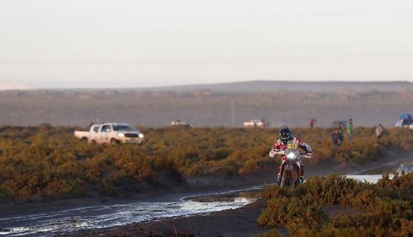 Dakar. Loeb indigesta a Peterhansel y Sunderland se proyecta