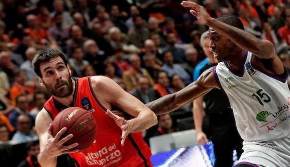 Eurocup. El Valencia Basket golpea primero al Unicaja en la final | 68-62