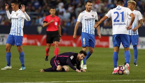 Resumen de La Liga. El Atlético y Málaga humanizan a Madrid y Barça para añadir picante