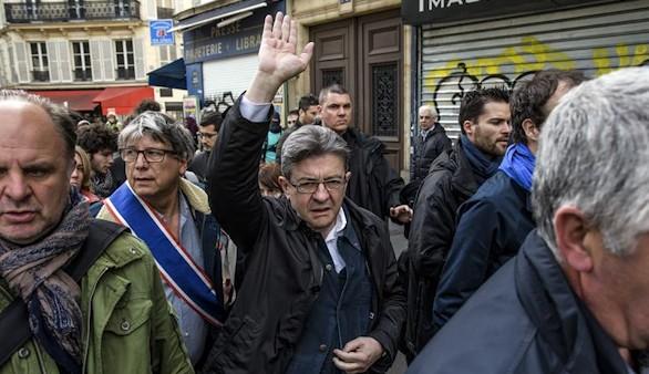 La izquierda radical de Mélenchon votará nulo en el Macron-Le Pen