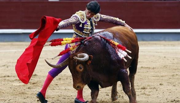Feria de San Isidro. Tarde plomiza en Las Ventas con toros de El Pilar