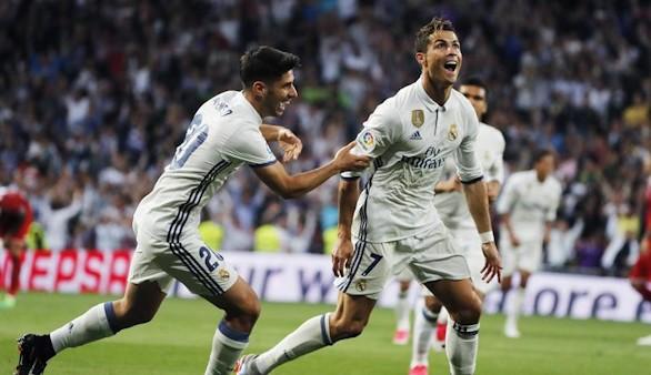 Resumen de LaLiga. Barcelona y Real Madrid batallarán por el título hasta el último día