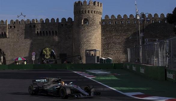 GP Azerbaiyán. Hamilton saca lustre a su pole y Alonso, fuera en la Q1 por vez primera