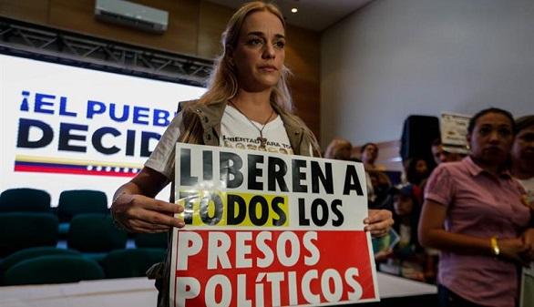 Huir de Maduro: las solicitudes de asilo de venezolanos se multiplican