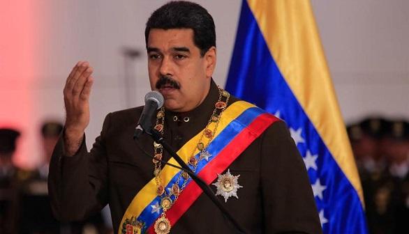 Nicolás Maduro desacredita la consulta pero pide que se vote en paz