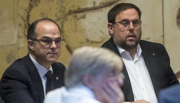 El consejero de Presidencia, Jordi Turull, y el vicepresidente de la Generalidad, Oriol Junqueras