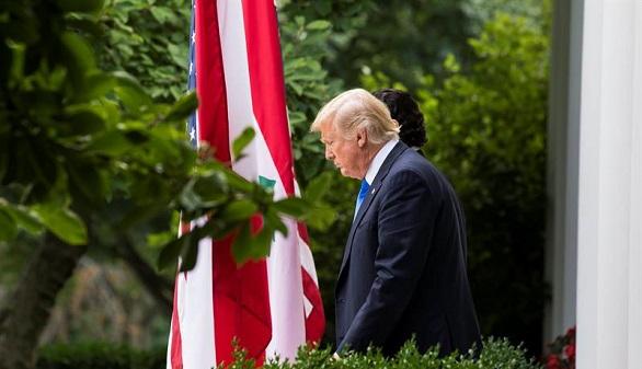 Trump ha acribillado a su fiscal general, Jeff Sessions, cuyo cargo pende de un hilo