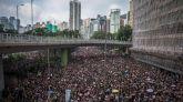 Una histórica manifestación colapsa Hong Kong reclamando libertad