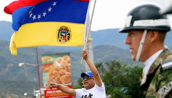 Capriles y López denuncian el