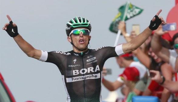 La Vuelta. Froome aguanta a Contador en la Pandera y Majka gana