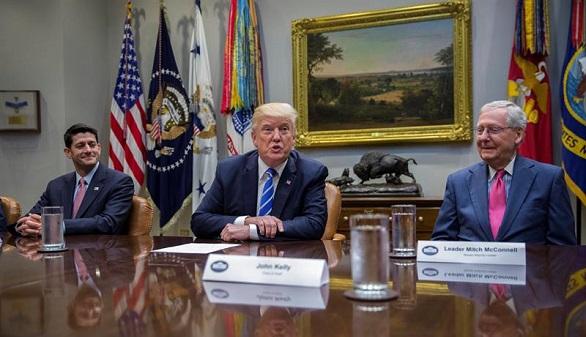 Ya es oficial: Trump deroga el plan migratorio de Obama que cubría a 800.000 jóvenes