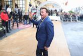 San Sebastián recibe a Arnold Schwarzenegger al grito de 'Sayonara'